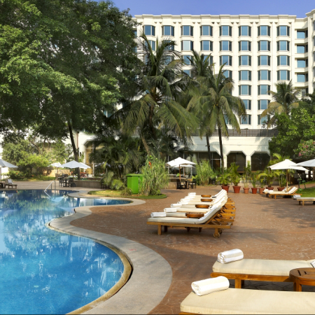 pool-leela-kempinski-crewconnected-cabin-crew-jobs-id90