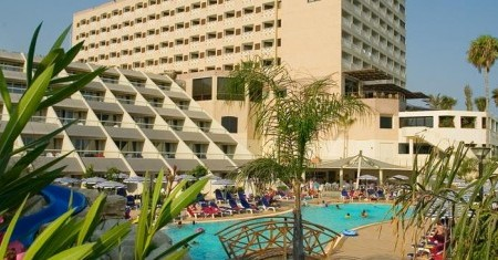 pool2-st-raphael-resort-hotel-crewconnected-cabin-crew-id90