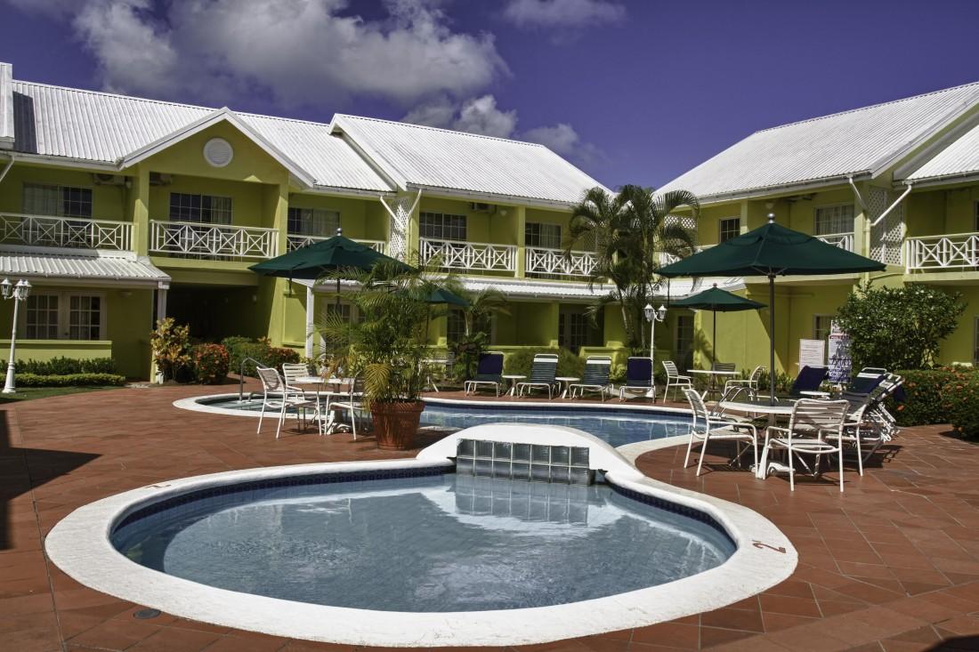 bay gardens hotel crewconnected cabin crew salary emirates