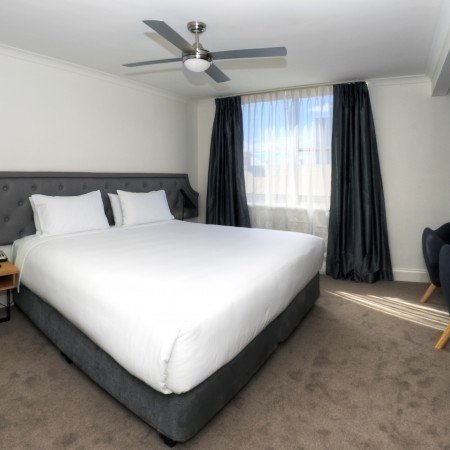 Bedroom-Pensione-Hotel-Perth-cabin-crew-staff-jobs-id90-crewconnected