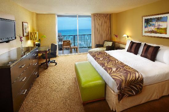 Waikiki resort hotel crewconnected flight deck layover - 3 bedroom suites in honolulu hawaii ...