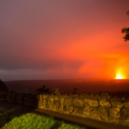 Volcano-House-Crater-Glow-View