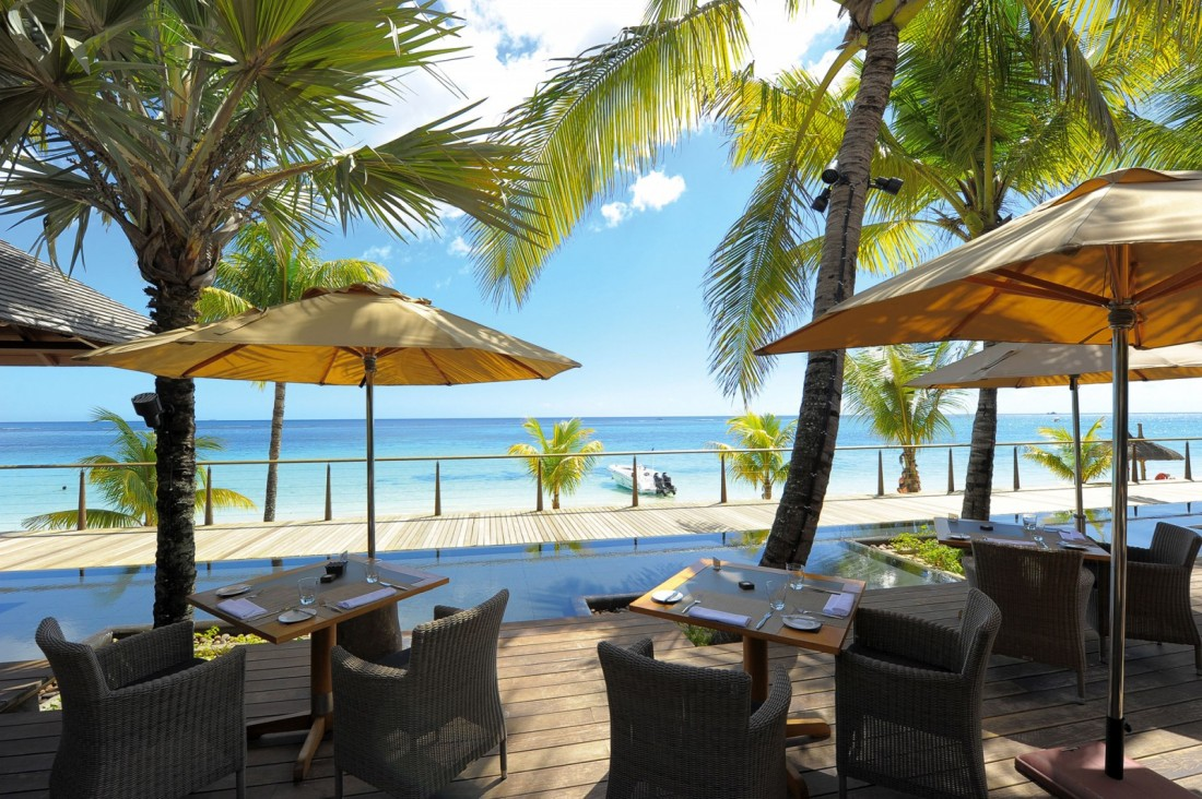 The most romantic hotel in mauritius airline staff rates for Design hotel mauritius