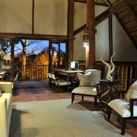 Victoria_Falls_Cabin_Crew Safari_Discounts_Crewconnected_1