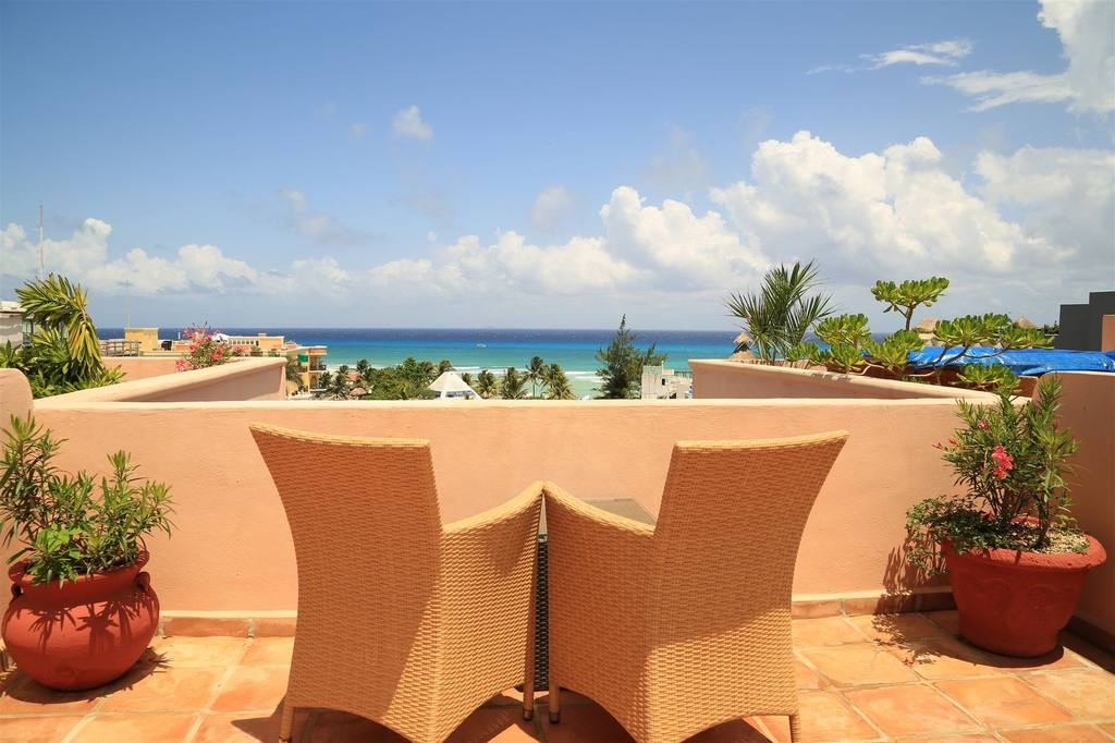 Airline employee holidays in mexico for Best boutique hotels playa del carmen