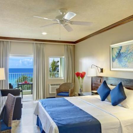 Coconut_Holiday_Barbados_Myidtravel_Id90_Crew_job_2