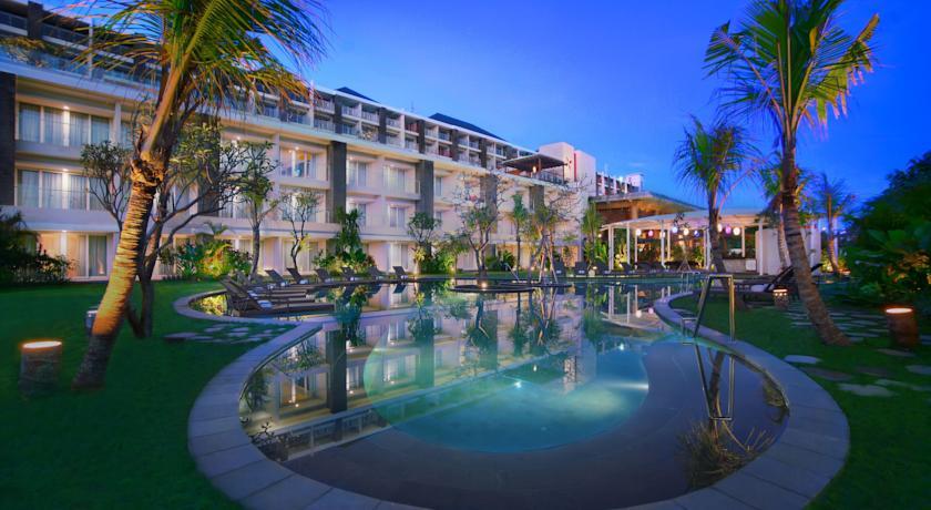 Golden Tulip Golden Bay Beach Hotel