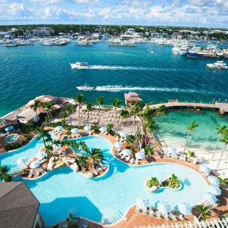 pool-overview-at-warwick-paradise-island-bahamas-standard (1)