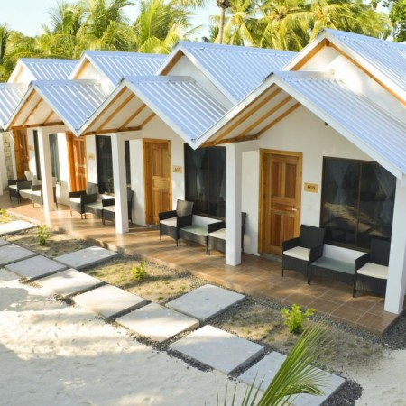 airline_staff_Holiday_Maldives_Myidtravel_ID90_IDdeals_Jobs_6