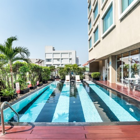Novotel Bangkok Fenix Silom-Swimming Pool