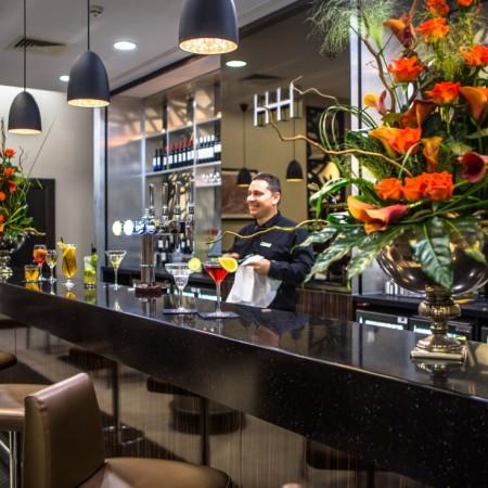 Heston Hyde Hotel - Bar 03