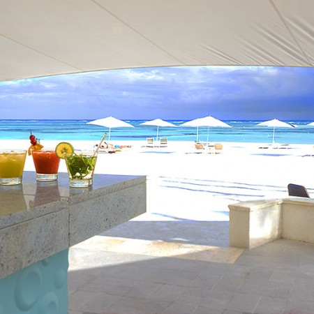 Caribbean_Flight_Deck_Attendant_Holidays_Layovers_1bar